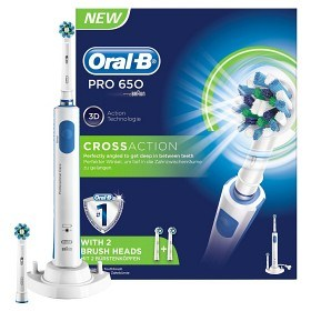Bild på Oral-B Pro 650 CrossAction + 2 borsthuvud